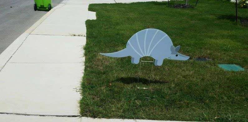 google armadillo yard sign